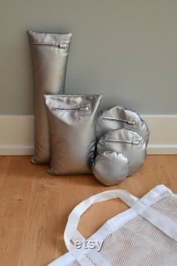 Posing Puck (tm) in Shimmery Silver- Waterproof Newborn Baby Photography Cushion and 5 Positioning Props, Bundled in a Handled Bag