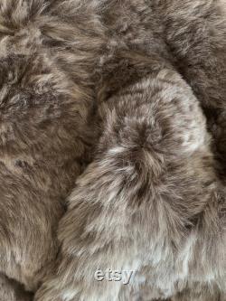 Taupe- Pouf a pear bag armchair in real Taupe lamb skin sheepskin Bean bag chair Taupe- Pouf en peau de mouton Lammfell Sitzsack